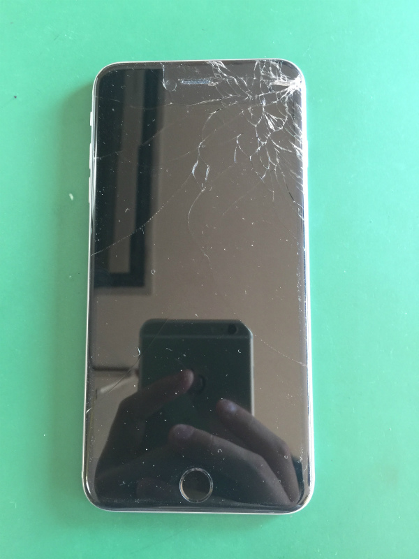 iphone 画面割れ 修理